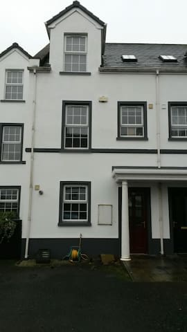 Townhouse in charming Comber, UK