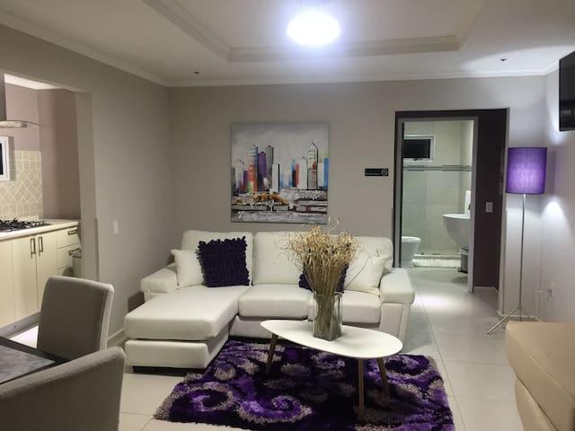 Malika LILAC Apartment Classy - Willemstad - Apartment