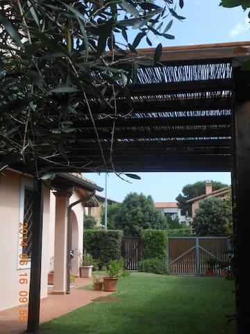 Hibiscus - Borgo Carige - House
