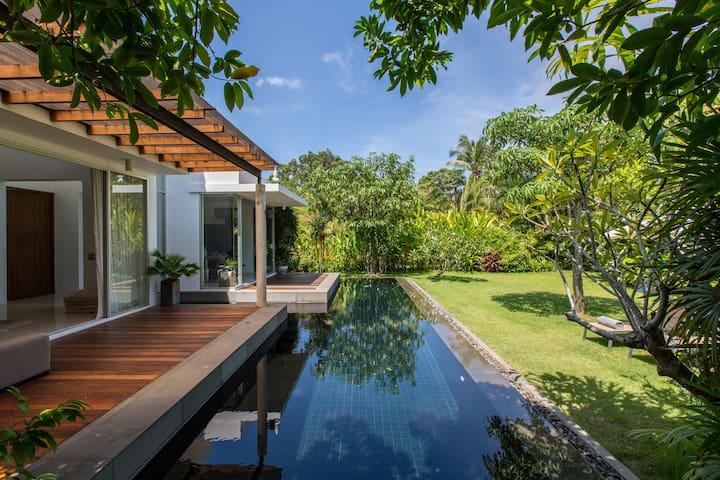 Villa Koru with Amazing Garden柯露大花园泳池别墅/湄南区/唐人街夜市