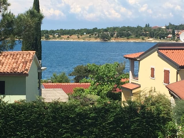 Dajla, beside the sea! 1 min walk! - Novigrad - Lejlighed