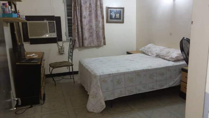 Chambre dans charmante maison à Niamey/3