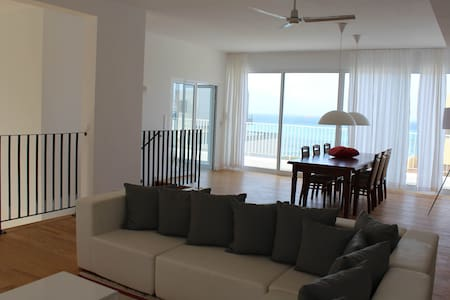 Beautiful Seafront Villa-Mindelo