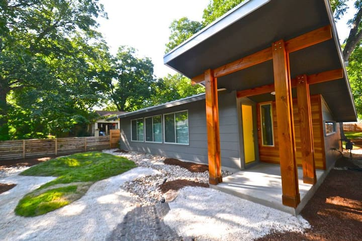 Bright Airy Modern on the Eastside!