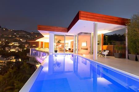 Hollywood Luxury Villa - ロサンゼルス