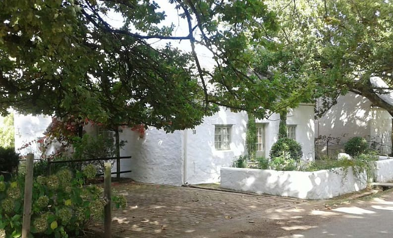 The Old Cottage - Greyton