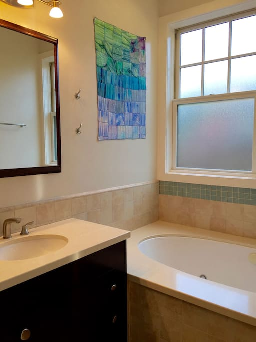 Master Bedroom Jacuzzi Houses For Rent In Mountain View California United States