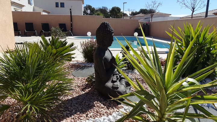 Suite parentale dans villa , piscine, clim,  wifi