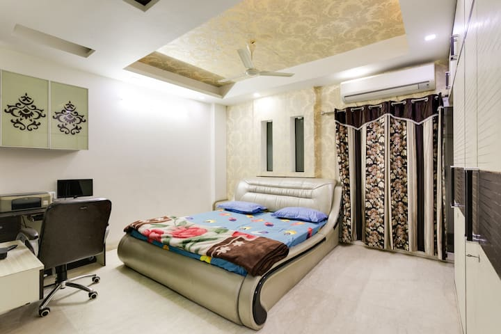 Home for Wedding Guest Accommodation in Delhi