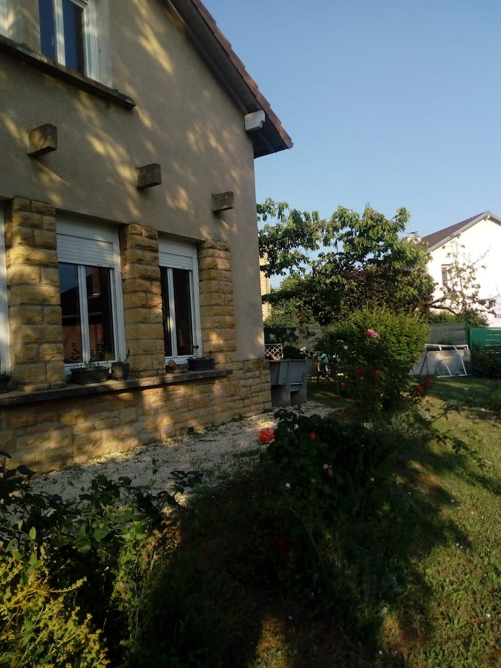 Maison 2 pers BOURGOGNE
