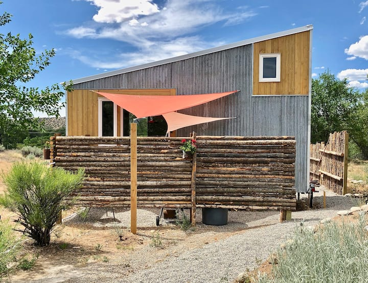 Tiny House at Bosque Cottage, a Mini Eco-Retreat