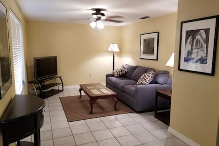 Central Location in Sarasota with bonus amenities