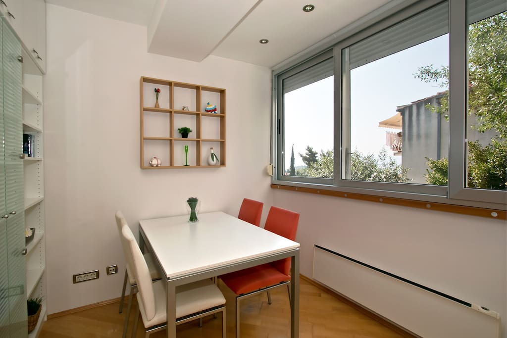 Dining space 2
