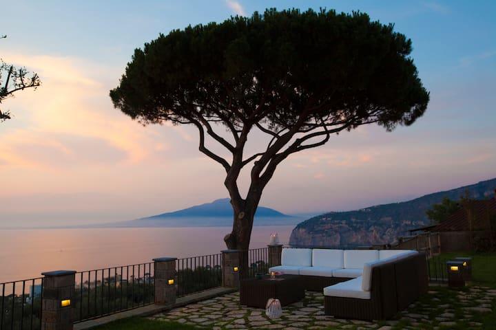 Luxury Villa Colonna with Private pool