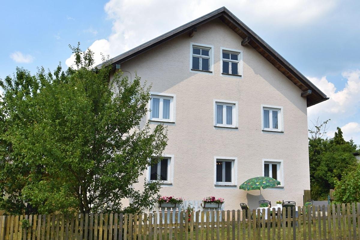 Cham 2018 (com Fotos): Os 20 Melhores Aluguéis Por Temporada Cham U0026 Casas  Para Alugar   Airbnb Cham, Baviera, Alemanha