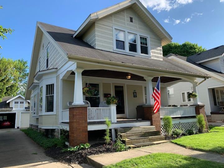 1912 Home with Charm: WFH and Kid-Friendly!