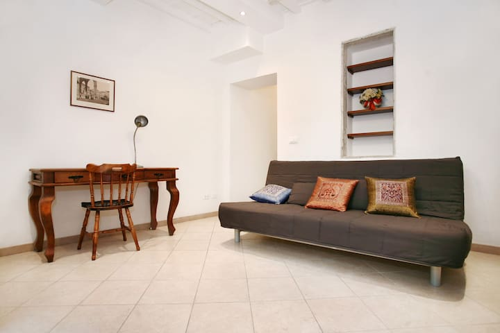 Centrally located apartment - Florença - Apartamento