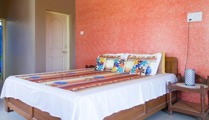 Spacious 3 BHK independent bungalow @ Bogmalo