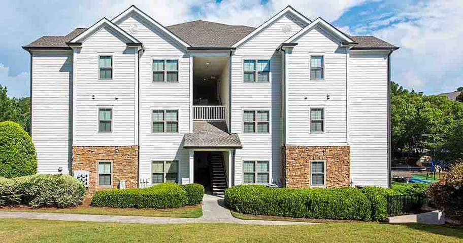 1 Bed, 1 Bath, All yours in Woodstock, Ga!