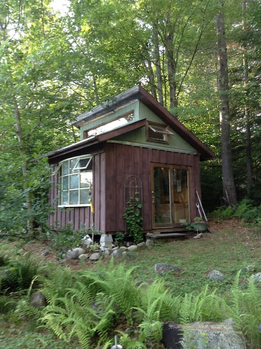 Rustic cabin amidst organic gardens cabins for rent in for New hampshire log cabins