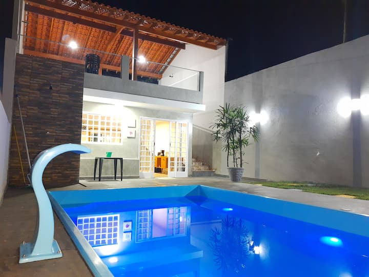 Casa Quiosque com piscina e churrasqueira