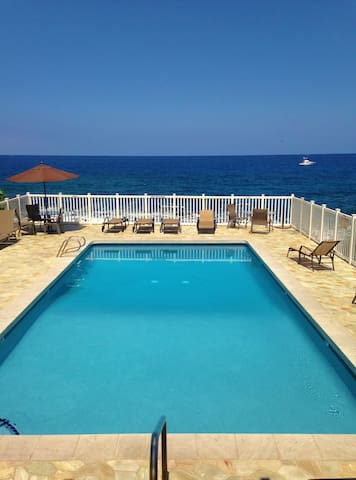 Close to the Ocean, Clean & Cozy - Kailua-Kona - Flat