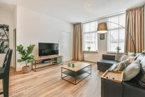 Pleasant and comfortable town house near Amsterdam