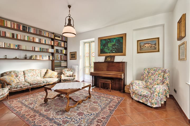 Villa Castagneri x8! GARDEN & FREE PARKING