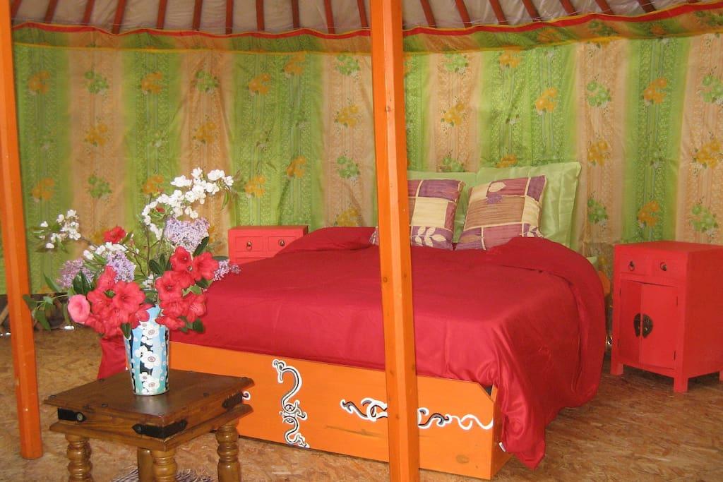 Le grand lit douillet...et feng-shui...!