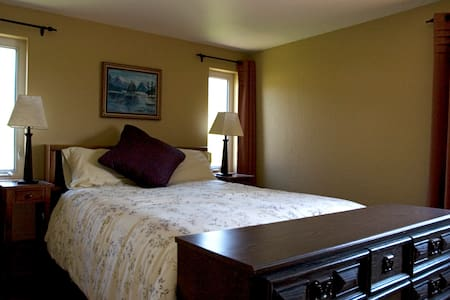 Family Double Suite - Sleeps 5-6 - Arlee - Bed & Breakfast