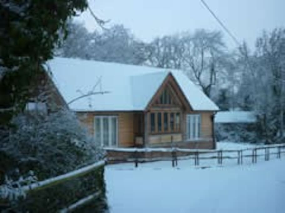 Wren Cottage in the snow!
