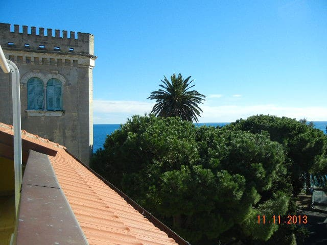 Beautiful apartment sea view - Bussana
