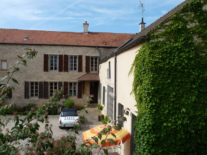 Les Chambertines (Luxury B&B)