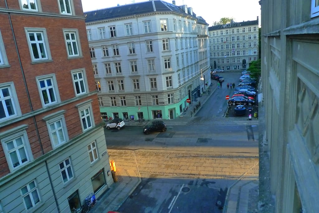 view outside the window on Nørrebro streets, evening sun