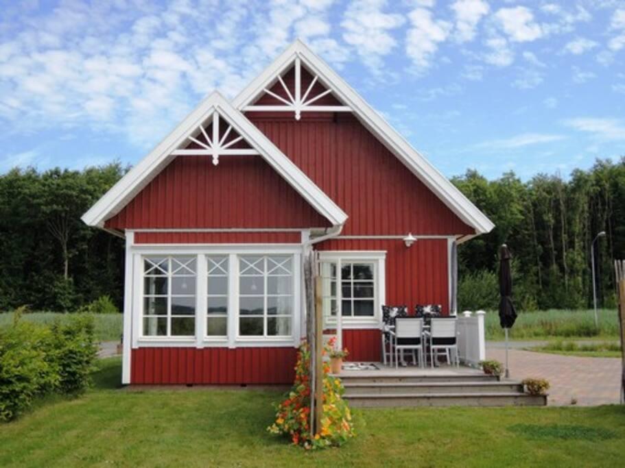Vakantiehuis in Groningen met veranda en terras op het zuiden