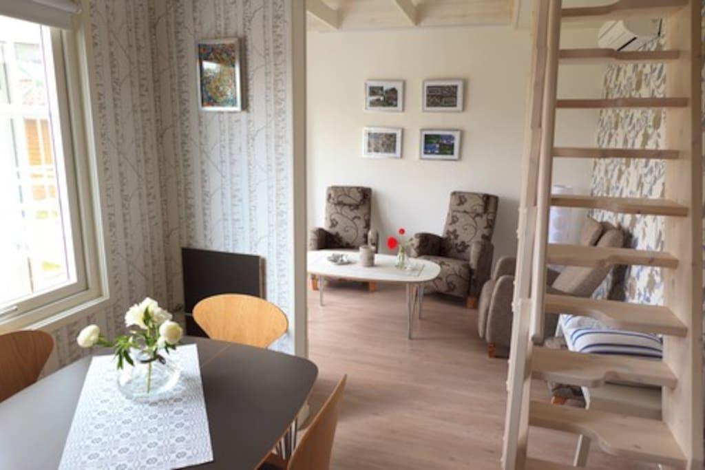 Ferienhaus in der provinz groningen svea stuga houses for Gezellige woonkamer