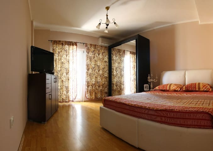 Apatment 1A with bedroom & sea view - Сеоце - Villa