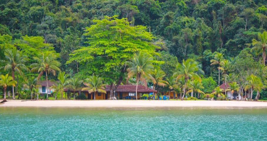 Mamanguá Beach Hostel - Shared Rooms