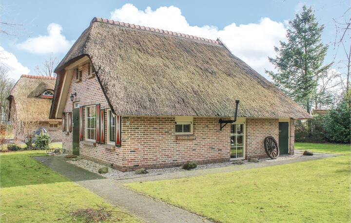 Holiday cottage with 2 bedrooms on 80m² in IJhorst
