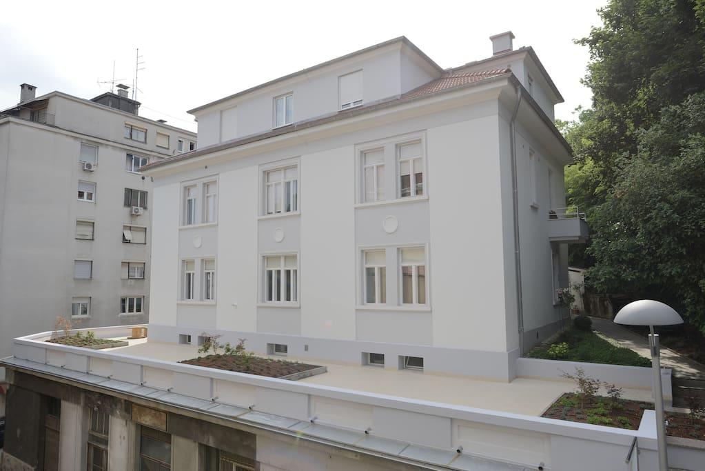 Zagreb center lobagola b b zadar chambres d 39 h tes for Chambre hote zadar