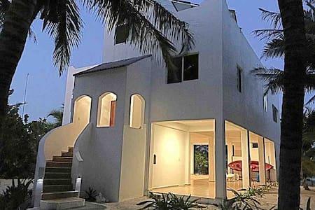 Costa Maya Casa Blanca Caribe