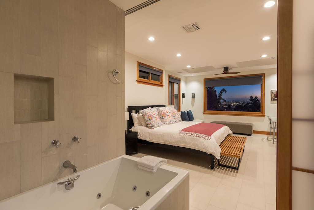 Jacuzzi tub in master