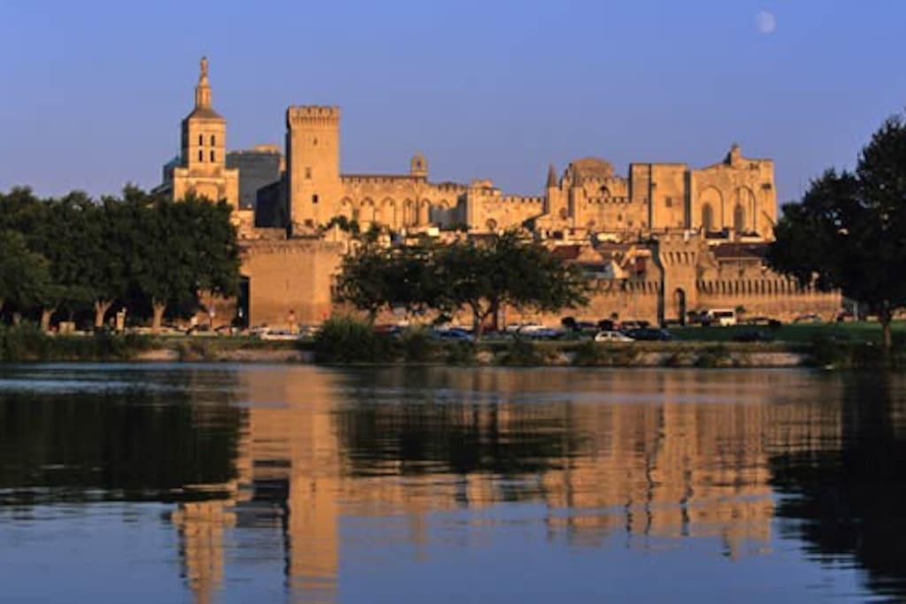 Avignon, la cité des Papes...