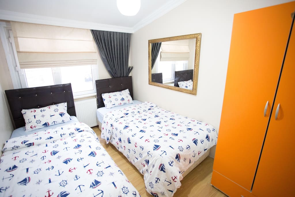 Bedroom 2 ,  with 2 single beds