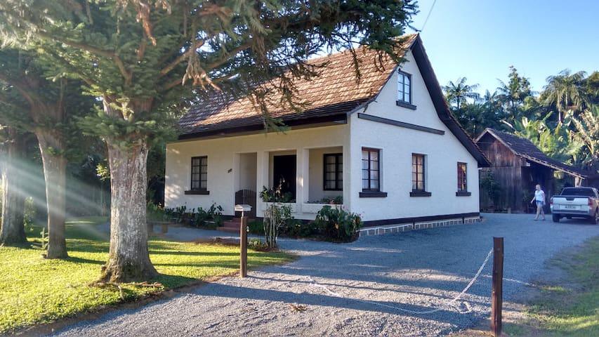 Casa Estilo Colonial/Sítio