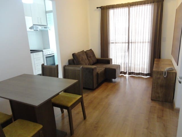 Apartamento 2 quartos, lindo e novo. Mobiliado.