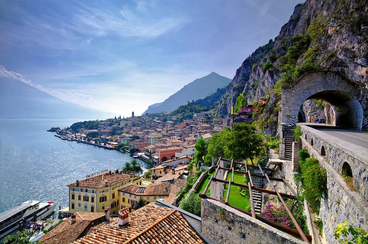 Wonderful flat in Garda's heart! - Limone sul Garda - Apartemen