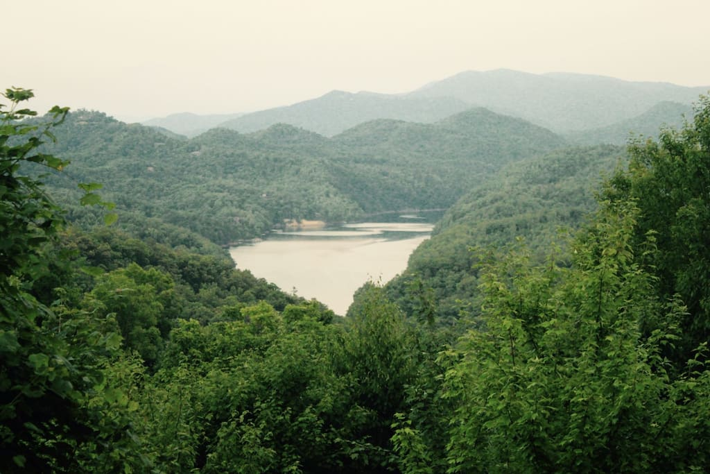 Take in Fresh Mountain Breezes and Enjoy the view of Fontana Lake