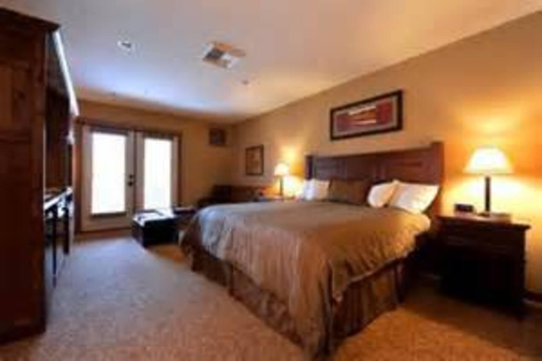 Very Nice and roomy.