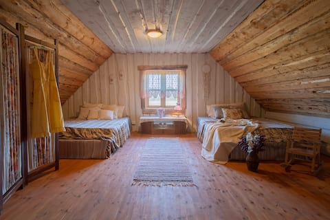 Cozy, private room in the country house with sauna
